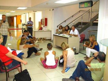 La Junta de Personal de Las Palmas ocupa la Consejería de Educación