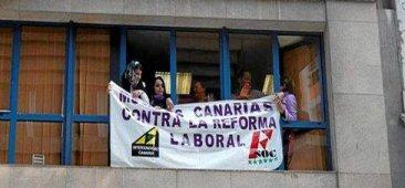 Absueltas las cinco sindicalistas de Intersindical Canaria por ocupar la sede de los empresarios