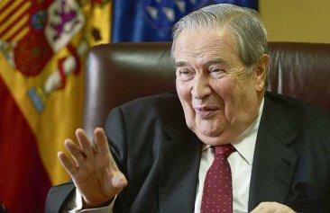Saavedra propone el despido de 5000 docentes interinos