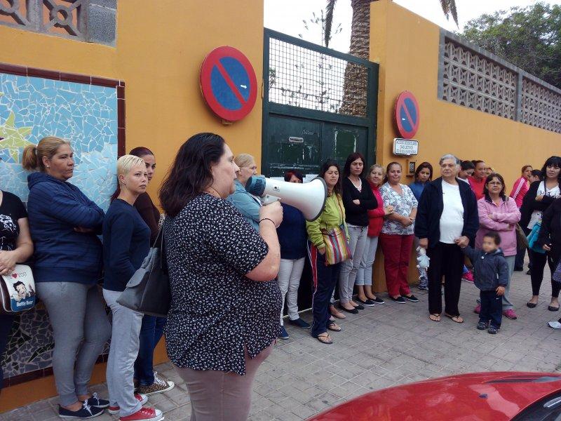 La Comunidad Educativa del CEIP Juan Negrín en lucha