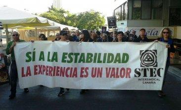 El profesorado interino se moviliza contra las oposiciones y por la estabilidad en el empleo