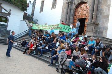 El profesorado interino de La Palma se moviliza contra la rifa de las oposiciones