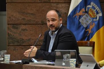 Comparecencia del nuevo Consejero de Educación en el Parlamento de Canarias