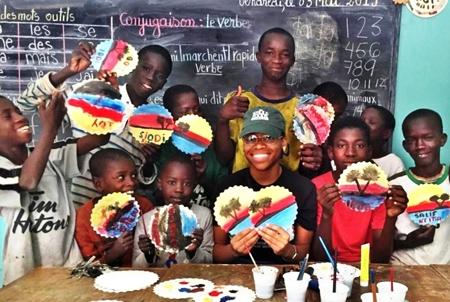 """El STEC-IC colabora con las ONG """"Acoes Honduras"""" y """"Maison de la Gare"""" de Senegal a través de su Fondo de Solidaridad"""