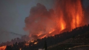 Un volcán en erupción: Recursos educativos en el blog ''EscuelaCanaria.com''